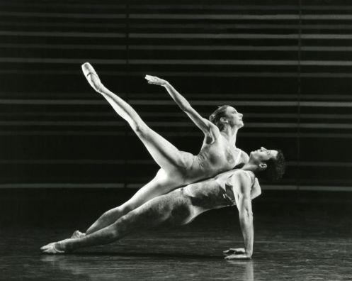 The Australian Ballet_Lynette Wills, Robert Curran in Gemini _Branco Gaica