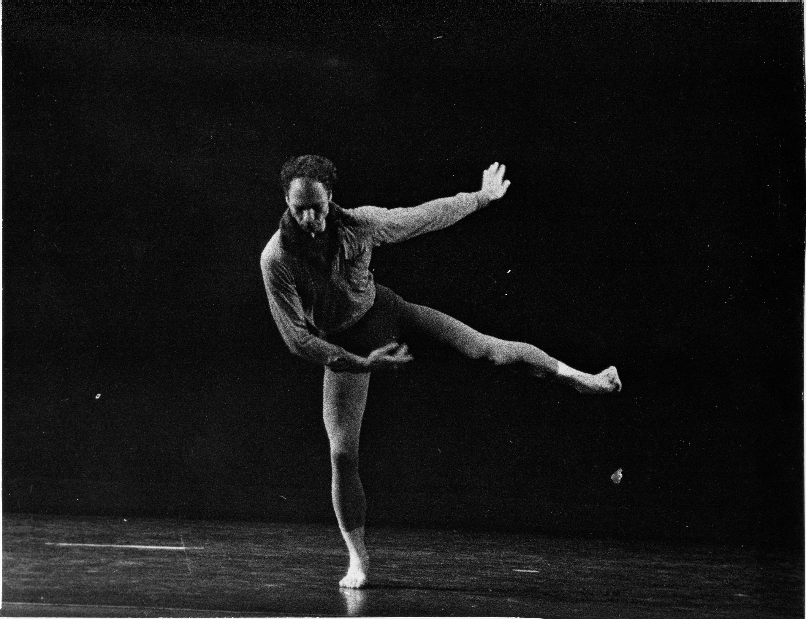 merce cunningham Members of the merce cunningham dance company in the troupe's farewell performance at the park avenue armory in 2011 the choreographer's centennial will be celebrated in the 2019 winter.
