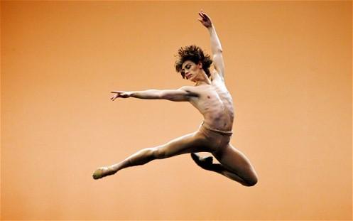 Sergei Polunin performs in Men In Motion Photo ELLIOTT FRANKS