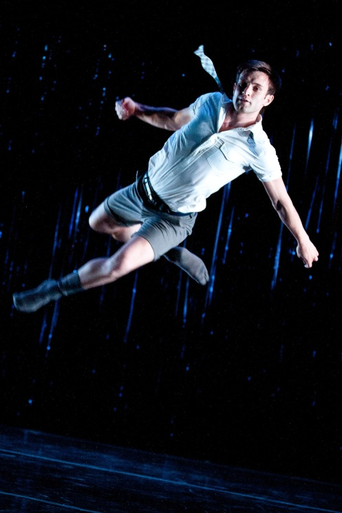 "Matthew Baker in ""Contact Sport"", KEIGWIN + COMPANY Photo by Matthew Murphy"