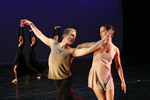 Lydia Johnson Dance in Lydia Johnson's Dusk. Photo by Julie Lemberger