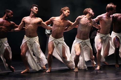 "Lar Lubovitch Dance Co. in ""As Sleep Befell"". Photo by Julieta Cervantes"
