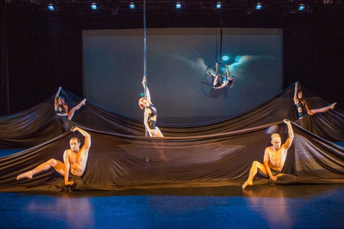 Covered Sky: AERA Dance at New York Live Arts. Photo by Michel Leroy