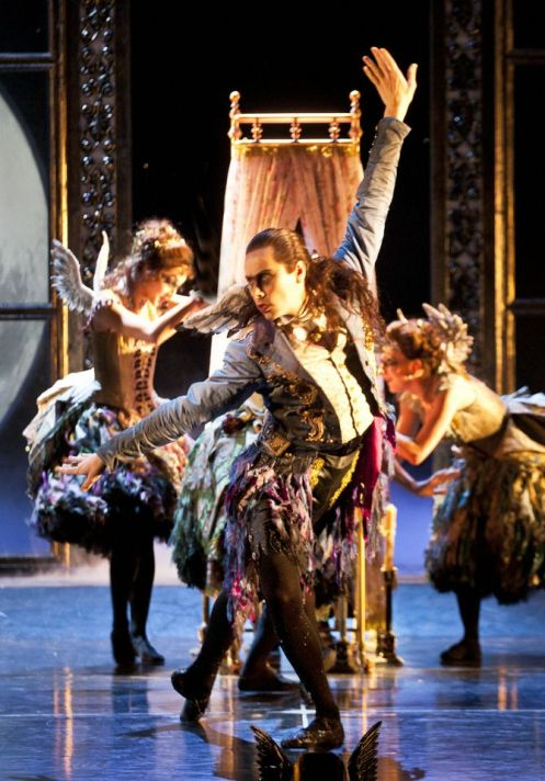 Matthew Bourne's Sleeping Beauty: A Gothic Romance; Photo: Simon Annand
