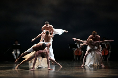 "Lar Lubovitch Dance Co. in ""As Sleep Befell"" Photo: Steven Schreiber"