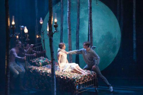 Matthew Bourne's Sleeping Beauty: A Gothic Romance; Photo: Mikah Smillie