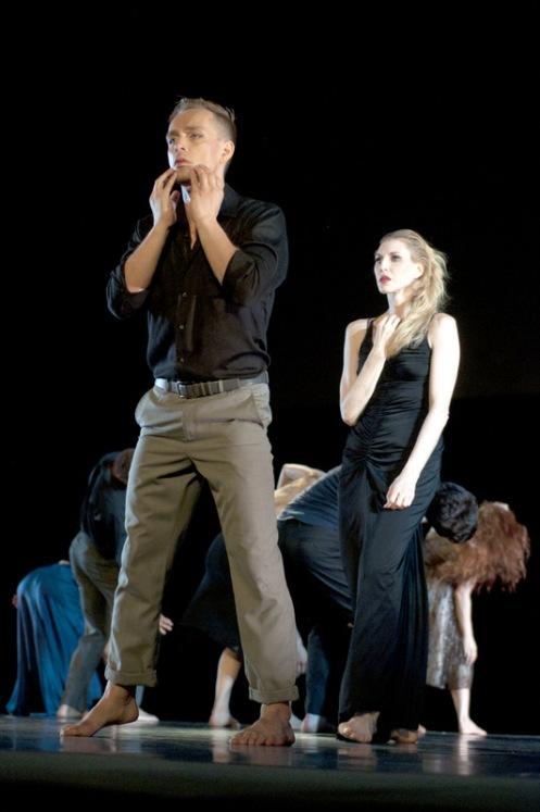 "Tadej Brdnik & Katherine Crockett with Martha Graham Contemporary Dance in Larry Keigwin's ""Lamentation Variations"". Photo: Aylin Gucalp"