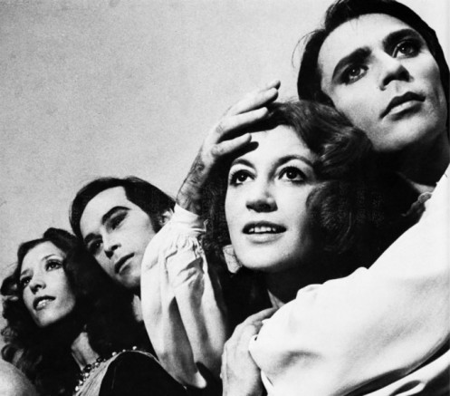 Ivan Nagy, Carla Fracci, John Prinz and Nat­alia Makarova as cap­tured by pho­to­grapher Jack Mitchell in the 1970s when all were part of the Amer­ican Bal­let Theatre.