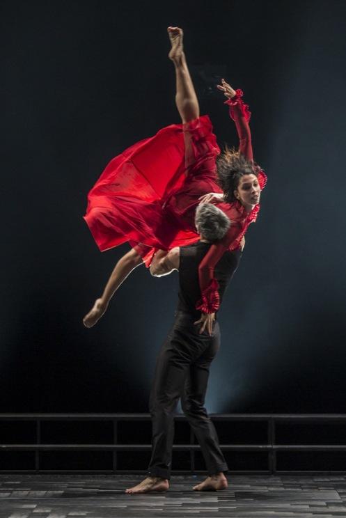 Ballet du Grand Théâtre de Genève in Andonis Foniadakis' Glory. Photo© Gregory Batardon