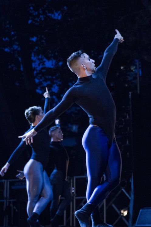 """Sidra Bell Dance New York in Sidra Bell's """"Unidentifiable; Bodies"""" part of City Parks Summer Stage in Central Park. Photo: Photo: Ethan Wu"""
