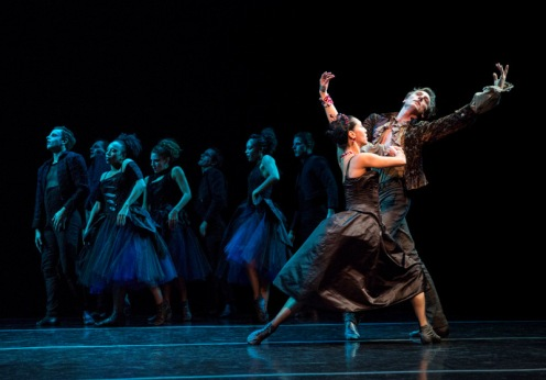 "Lar Lubovitch Dance Company's Mucuy Bolles & Reid Bartelme in Lar Lubovitch's ""The Black Rose"". Photo: Yi-Chun Wu"