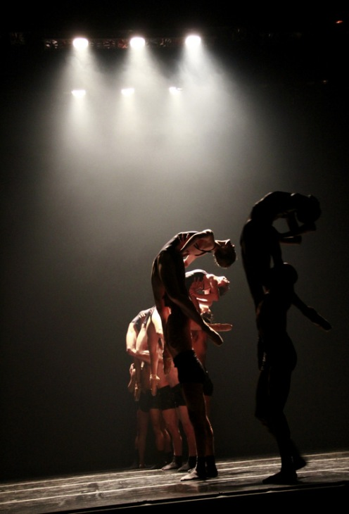 """Complexions Contemporary Ballet's in Dwight Rhoden's """"Head Space."""" Photo: Melissa Bartucci"""