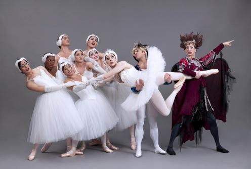 """Les Ballets Trockadero de Monte Carlo in """"Swan Lake."""" ©Sascha Vaughn."""