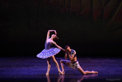 "Bolshoi Ballet's Evgenia Obraztsova and Semyon Chudin perform the Pas de Deux from ""The Pharaoh's Daughter."" Photo: VAG"