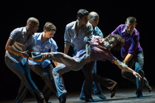 "Ballet Hispanico in Annabelle Lopez Ochoa 's ""Sombrerísimo."" Photo: Paula Lobo"