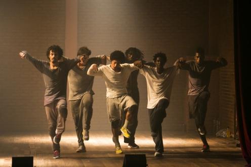 """Companhia Urbana de Dança performing """"Eu Danço - 8 Solos No Geral."""" Photo: Renato Mangolin"""