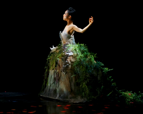Ballet Memphis' Hideko Karasawa in Julia Adam's 'Devil's Fruit.' Photo: ©Ari Denison