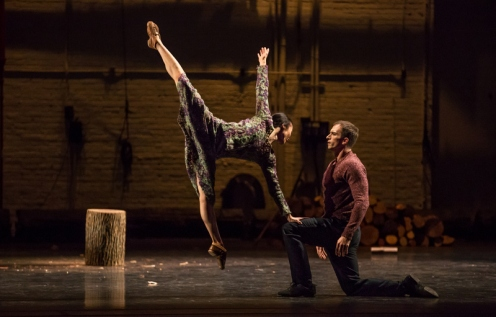 "Martha Graham Dance Company's PeiJu Chien-Pott & Ben Schultz in Mats Ek's ""AXE."" Photo: Brigid Pierce."