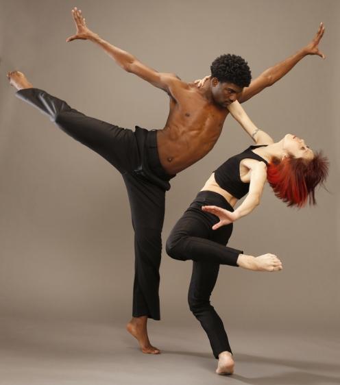 Jennifer Muller/The Works' Seiko Fujita & Elijah Laurant. Photo: (c) Carol Rosegg